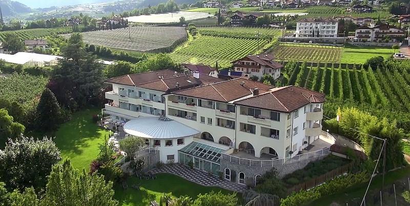 ... Tirol unbedingt kennenlernen. Jetzt unverbindliche Urlaubsanfrage